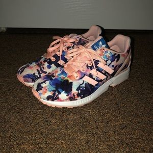 Floral patterned Adidas sneakers (women's/kids)